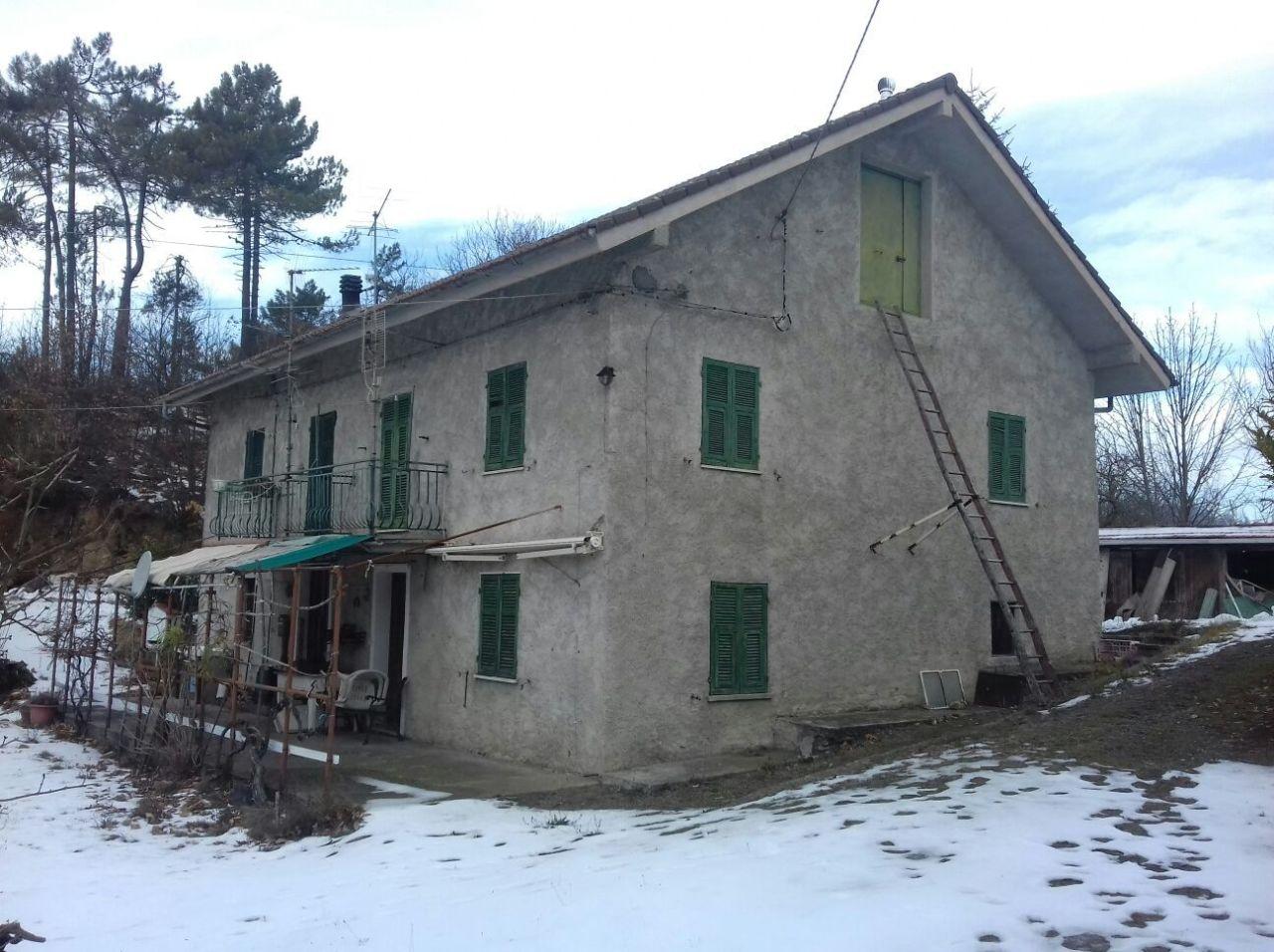 Foto 1 di Villa Strada Provinciale 212 297, Ponzone