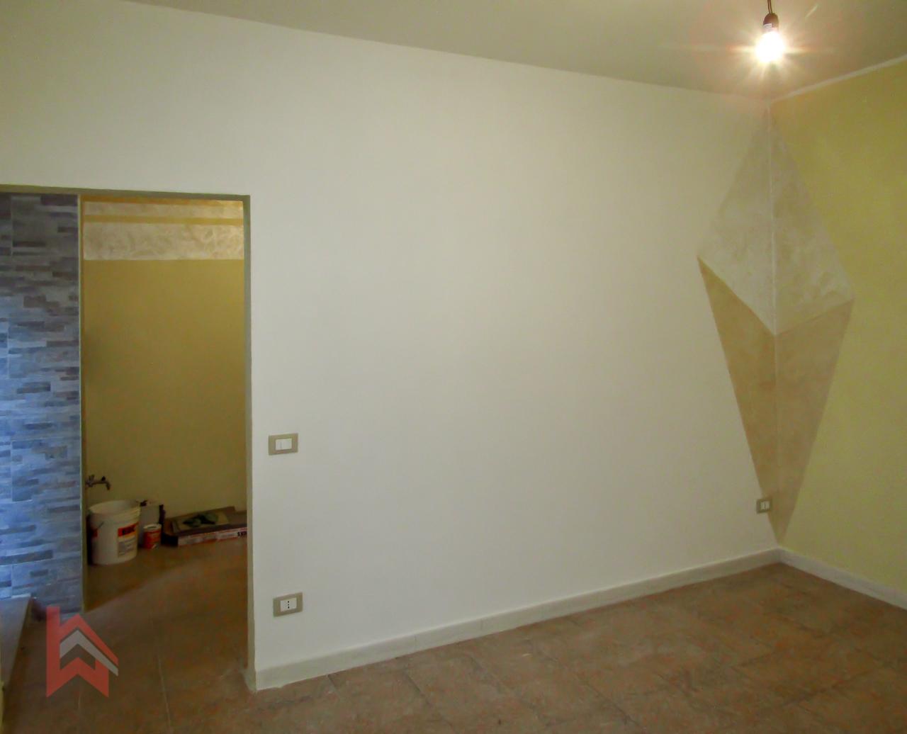 Appartamento in vendita a Livorno, 3 locali, prezzo € 77.000 | CambioCasa.it