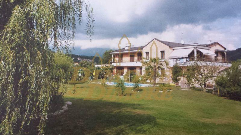 Villa a Schiera in Vendita a Casale Corte Cerro