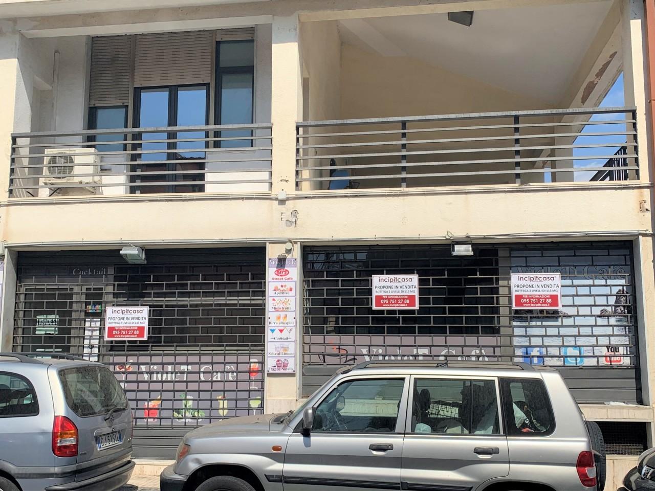 Fondo commerciale in vendita a Aci Castello (CT)