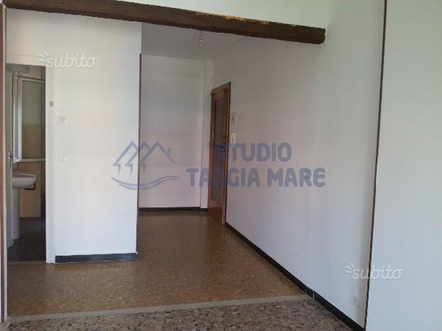 Bilocale Sanremo Via Meridiana 4