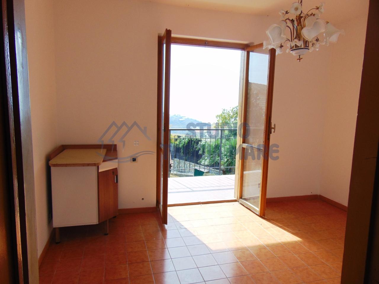 Appartamento in vendita a Pompeiana, 2 locali, prezzo € 70.000 | CambioCasa.it