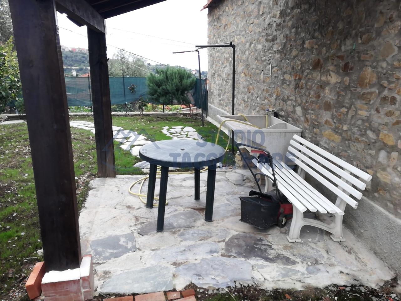 Appartamento in affitto a Pompeiana, 2 locali, prezzo € 380 | Cambio Casa.it