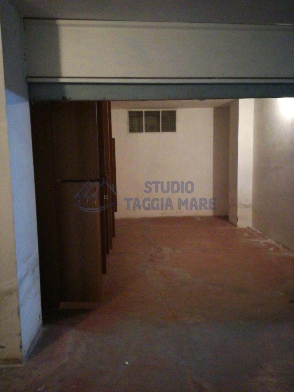 Box / Garage in affitto a Taggia, 1 locali, prezzo € 130 | Cambio Casa.it