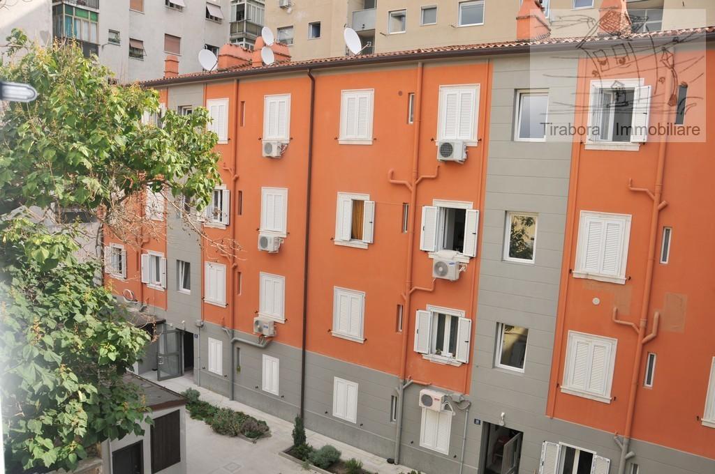 appartamenti e attici trieste vendita    tirabora immobiliare di sain cristiano