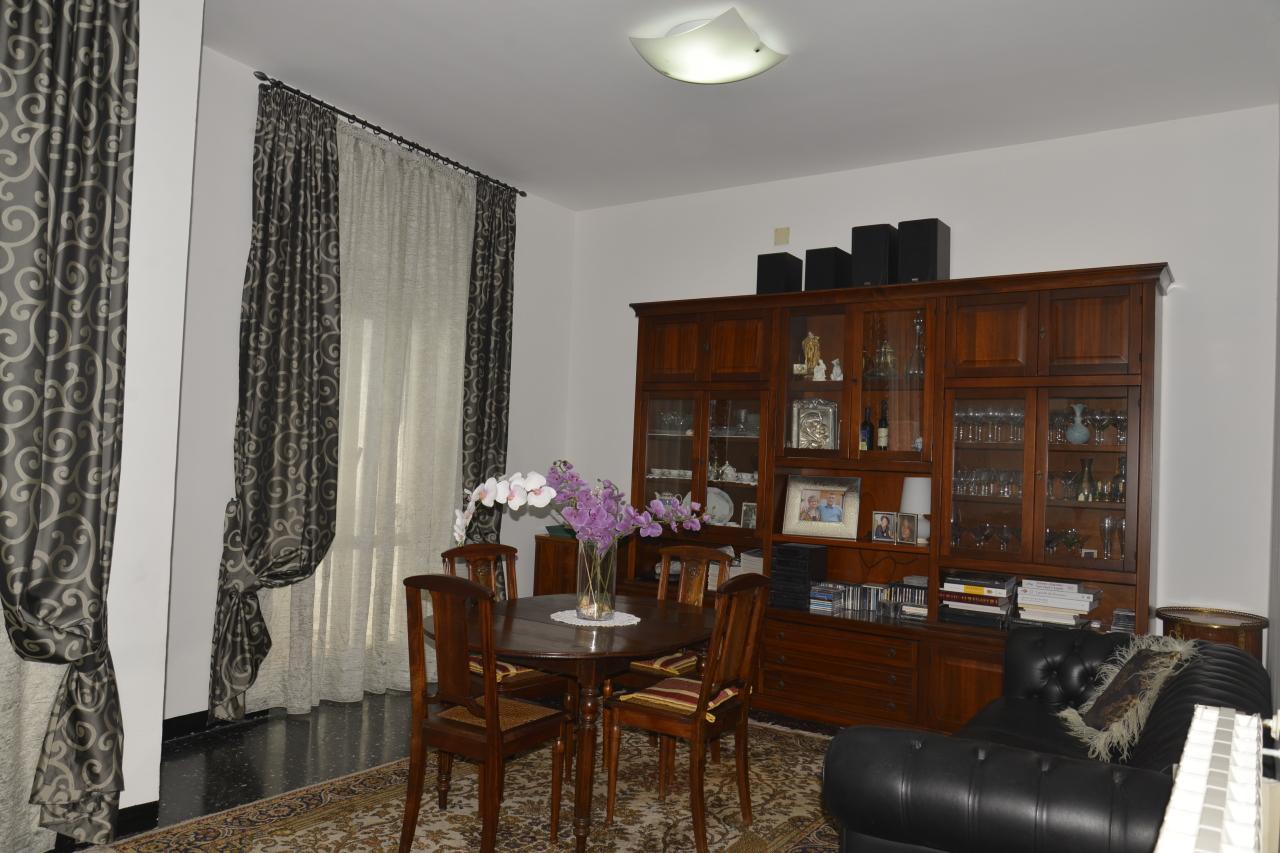 Appartamento in vendita a Savona, 4 locali, prezzo € 165.000 | Cambio Casa.it