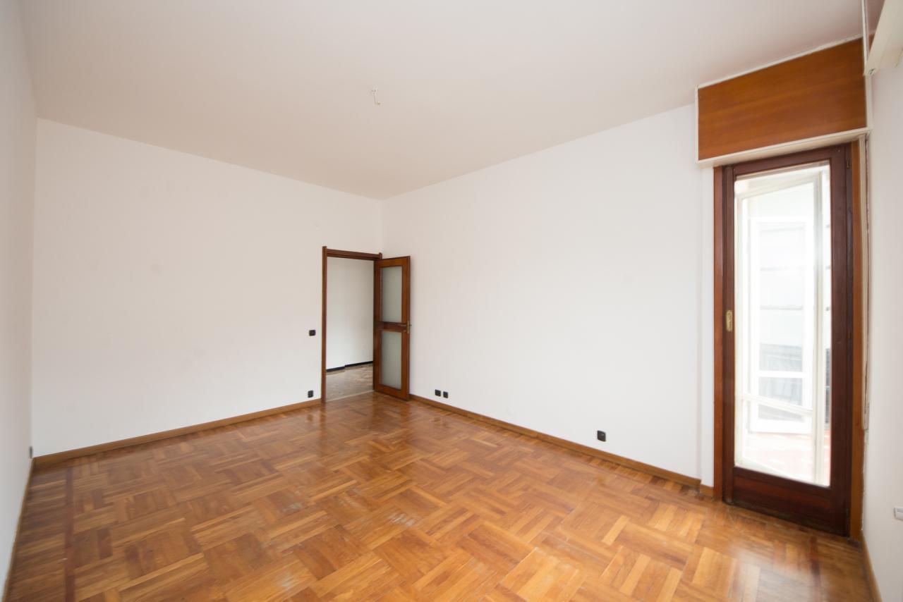 Appartamento in vendita a Savona, 4 locali, prezzo € 158.000 | CambioCasa.it