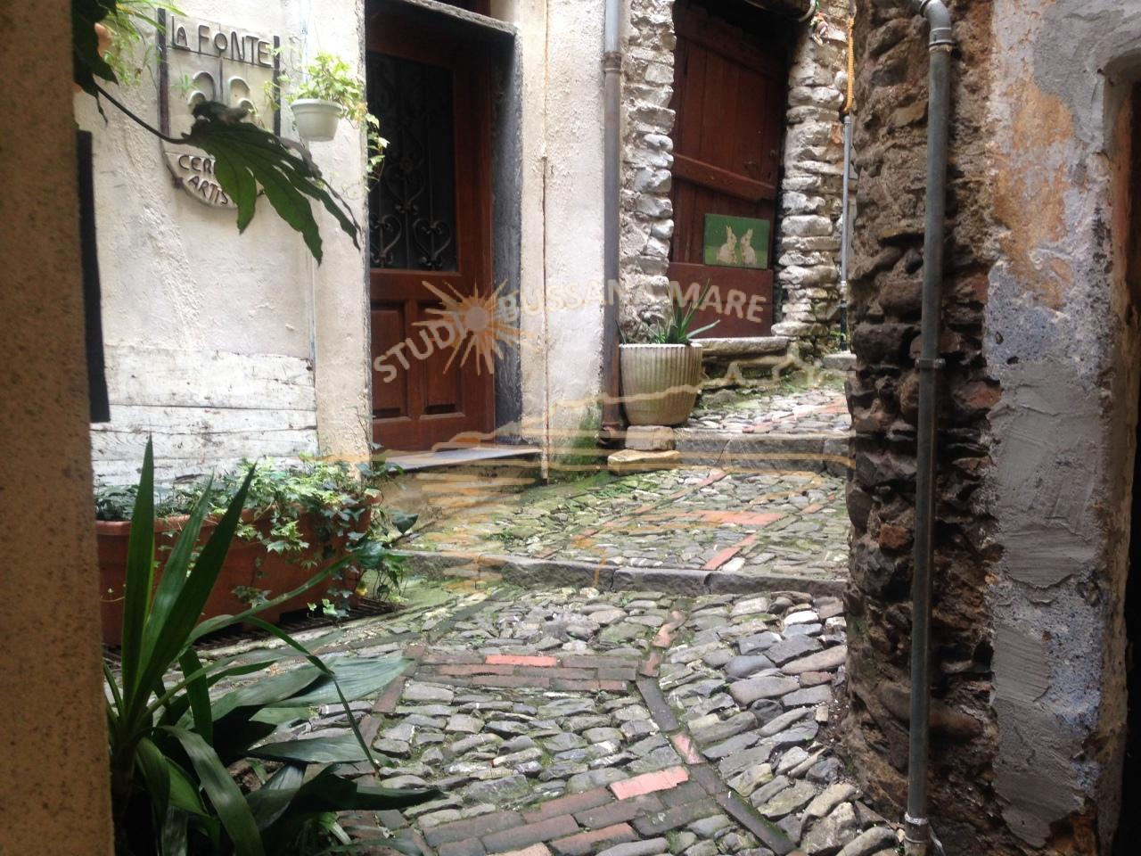 Bilocale Badalucco Via Vezzargo 2