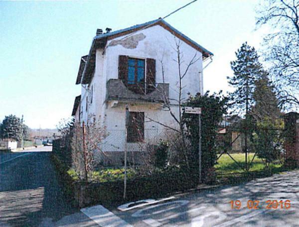 Foto 1 di Appartamento Via Giuseppe Romita 14, Rivalta Bormida