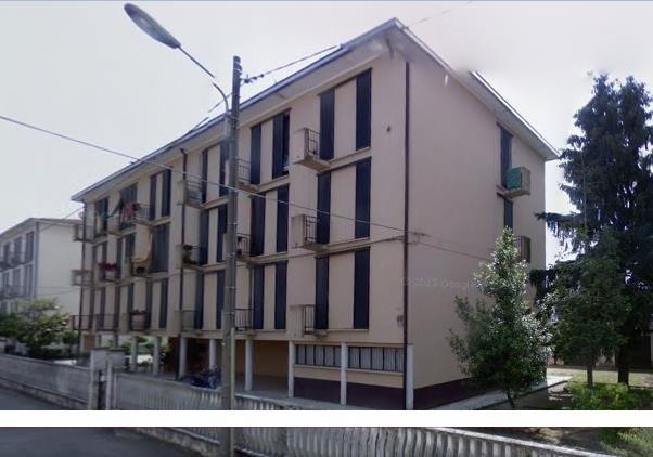 vendita appartamento mortara   27619 euro  5 locali  90 mq