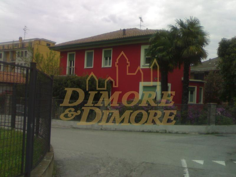 Villa in Vendita a Lesa