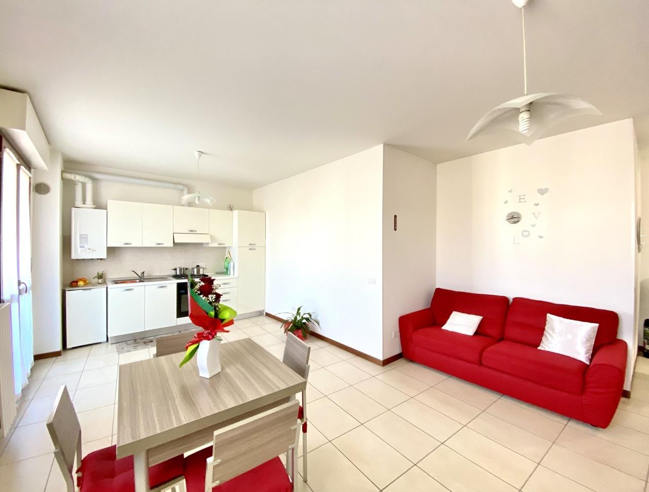 Appartamento in vendita a Pianello Vallesina, Monte Roberto (AN)