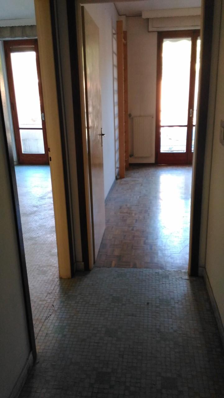 Bilocale Vallecrosia Via C.colombo 4