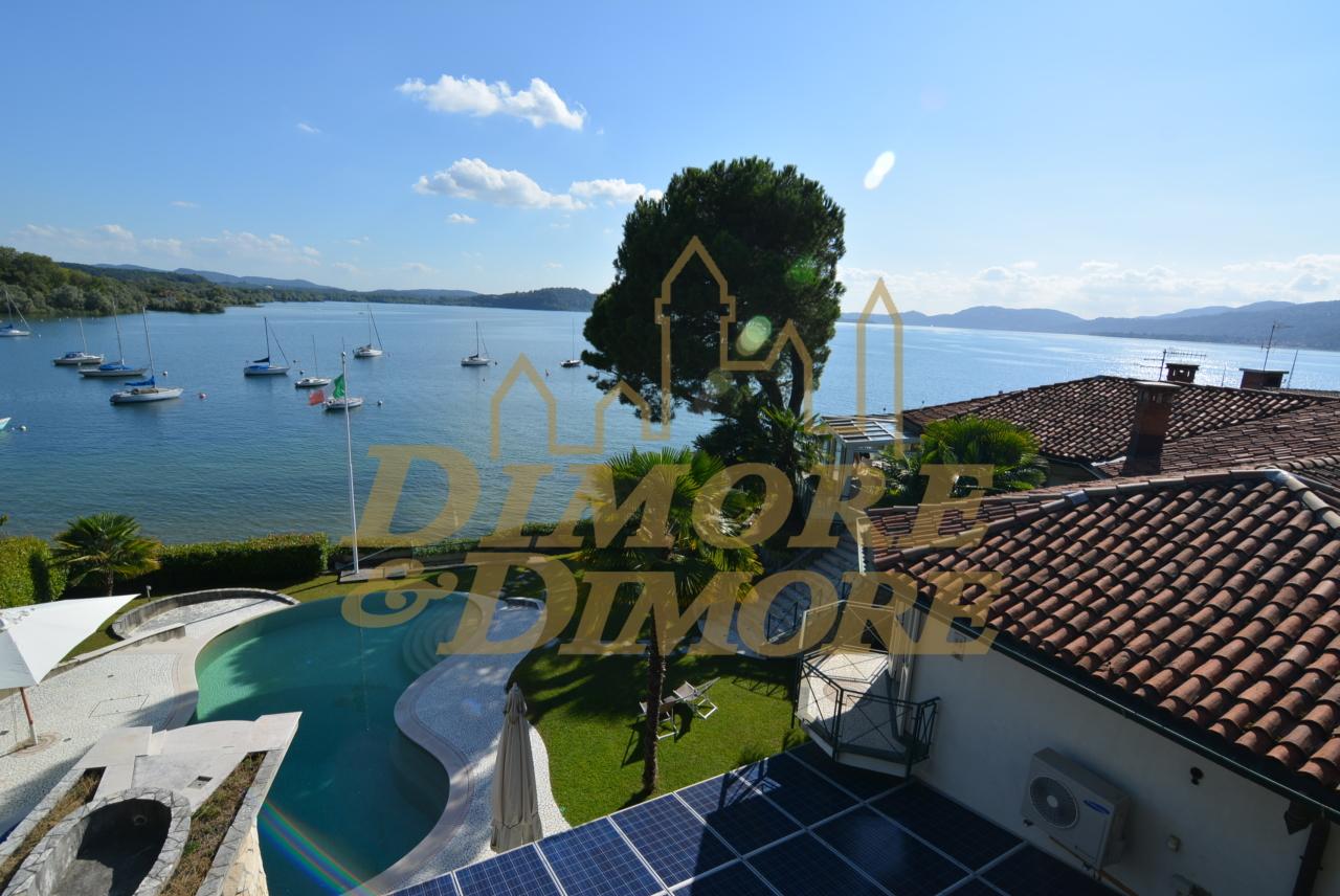 Villa in vendita a Monvalle, 18 locali, prezzo € 2.200.000   CambioCasa.it