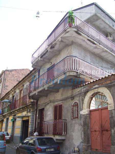 Casa semi-indipendente in vendita a Catania (CT)
