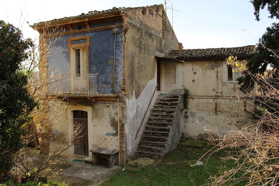 Casa indipendente quadrilocale in vendita a San Vito Chietino (CH)