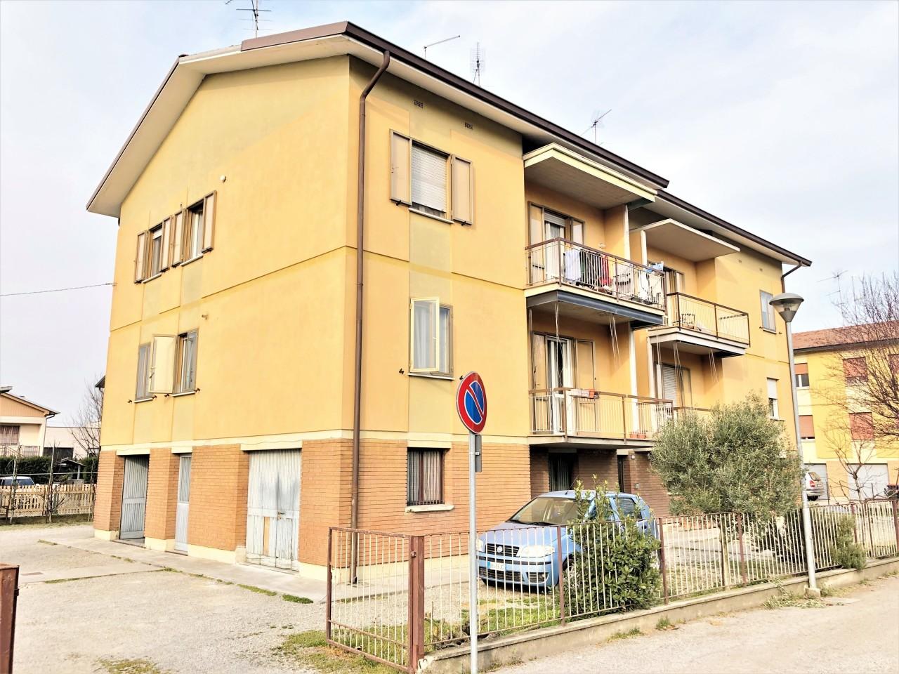 Appartamento in vendita a Camposanto (MO)