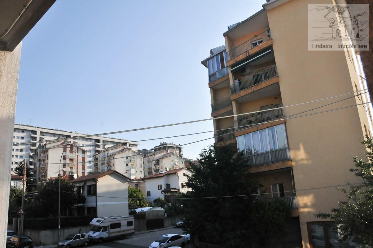 Appartamento in vendita a Trieste, 3 locali, prezzo € 98.000 | CambioCasa.it