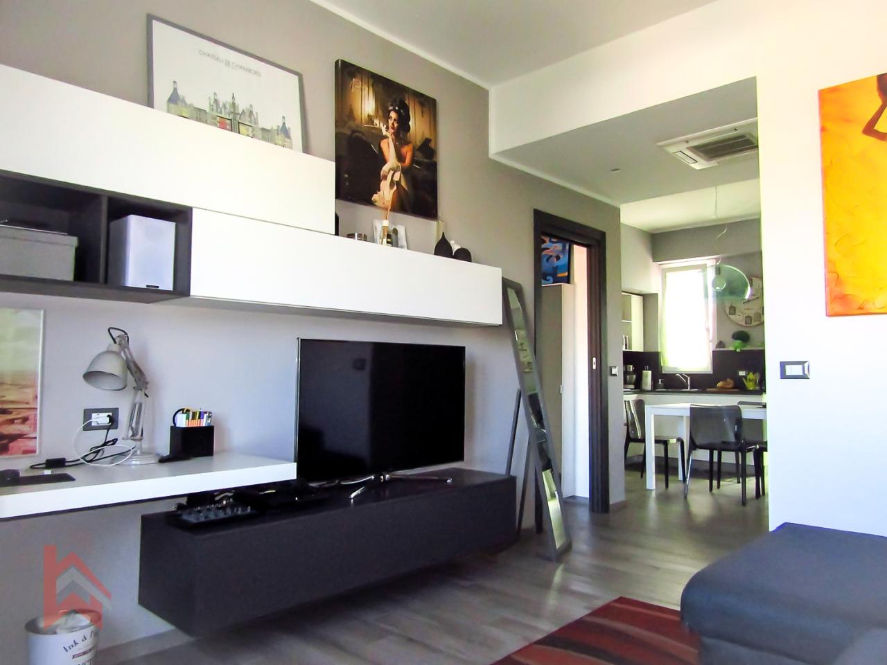 Appartamento in vendita a Livorno, 3 locali, prezzo € 120.000 | CambioCasa.it