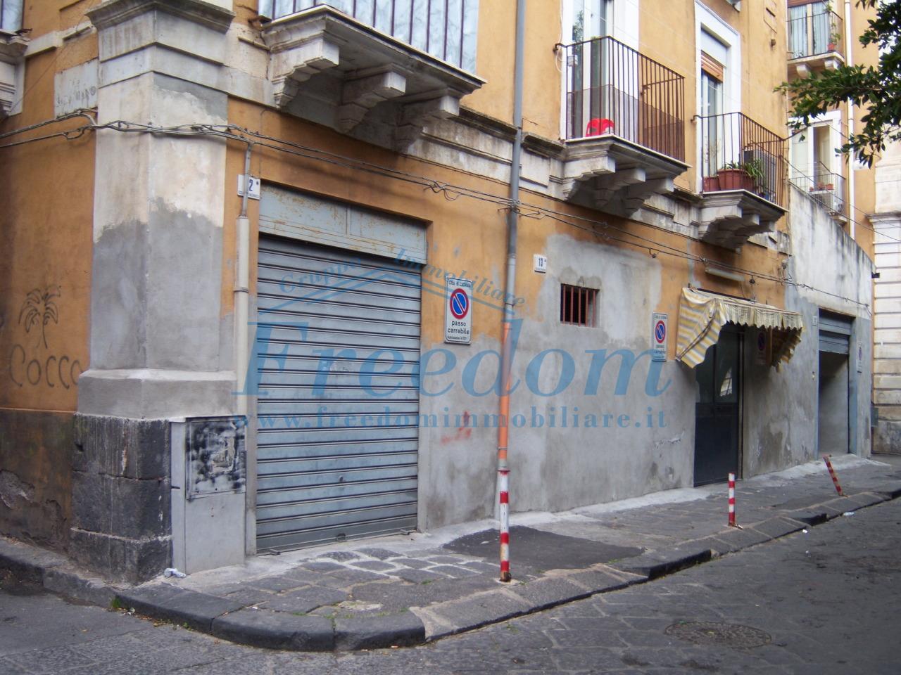 Garage/Box/Posto auto in vendita a Catania (CT)