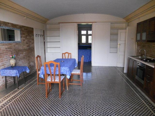 Appartamento - quadrilocale a modena