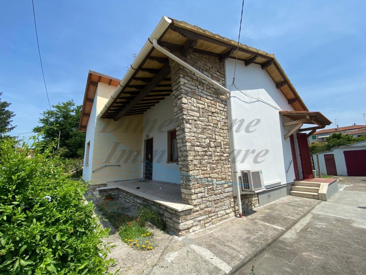Casa indipendente in affitto a Rosignano Solvay, Rosignano Marittimo (LI)