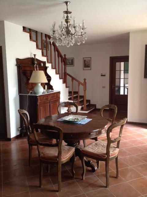 Villa Bifamiliare in Affitto a San Giuliano Terme