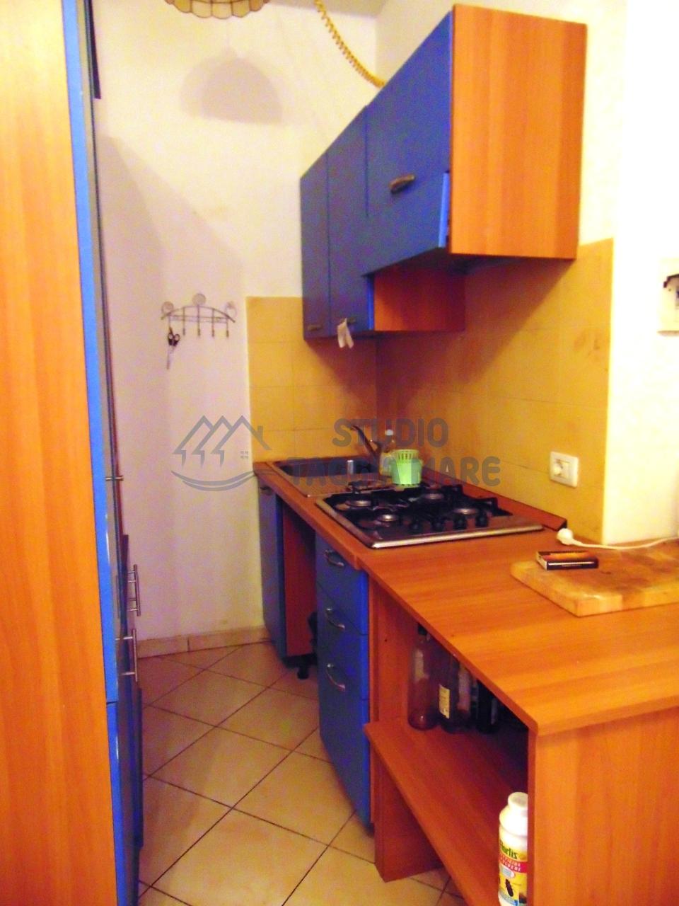 Appartamento in vendita a Riva Ligure, 2 locali, prezzo € 98.000 | Cambio Casa.it