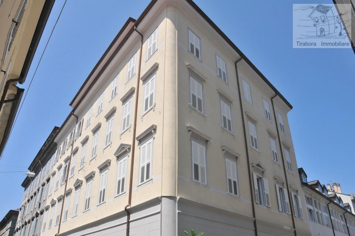 Appartamento in vendita a Trieste, 2 locali, prezzo € 210.000 | CambioCasa.it