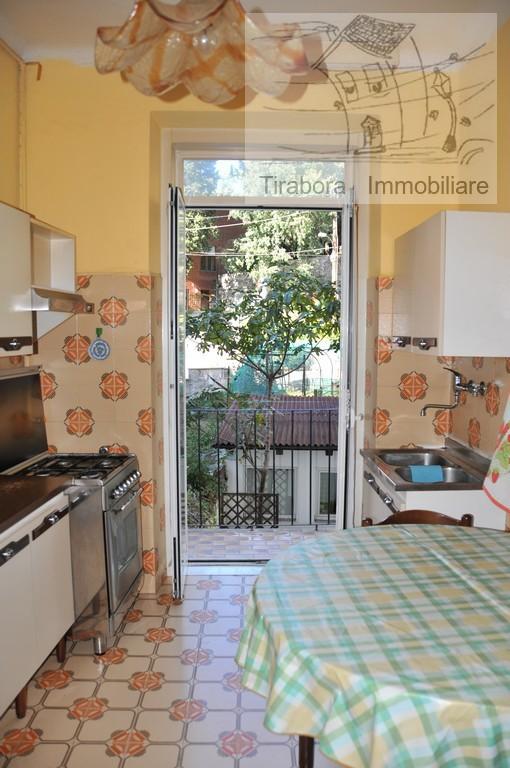 Bilocale Trieste Via Apiari 10 9