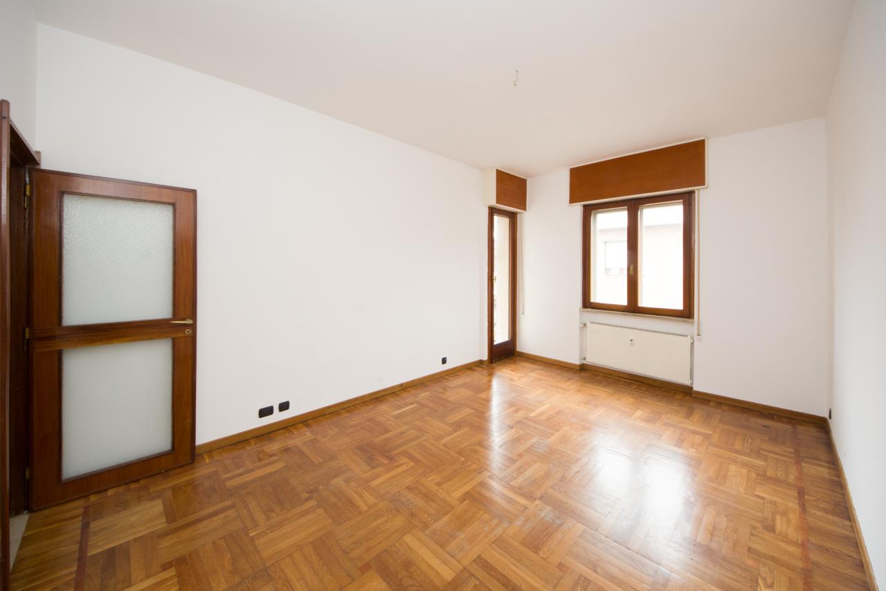Appartamento in vendita a Savona, 4 locali, prezzo € 165.000 | CambioCasa.it