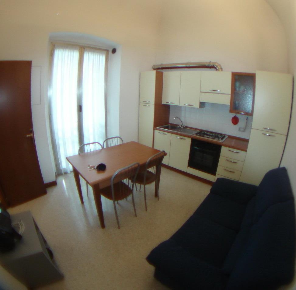 Appartamento in affitto a Centro Città, Genova (GE)