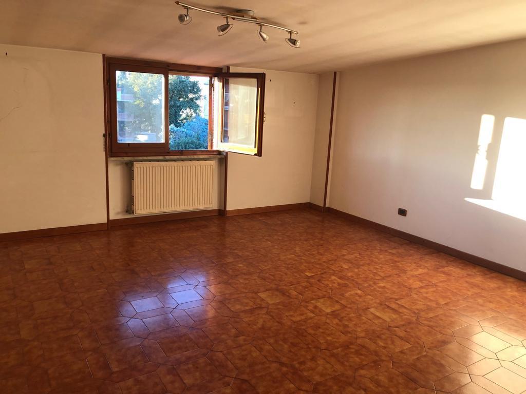 Appartamento - attico a monterotondo