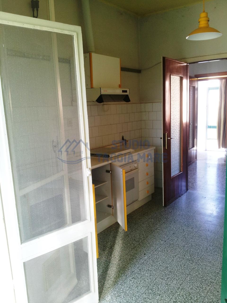 Bilocale Taggia Via San Francesco 9