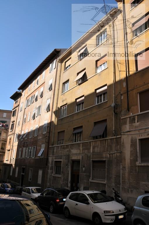 Bilocale Trieste Via Apiari 10 12