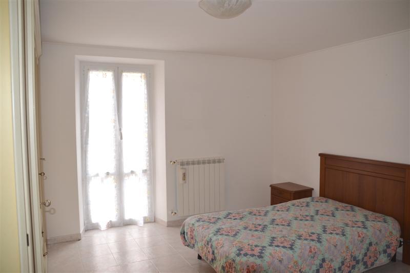 Appartamento in vendita a Quiliano, 2 locali, prezzo € 75.000 | CambioCasa.it