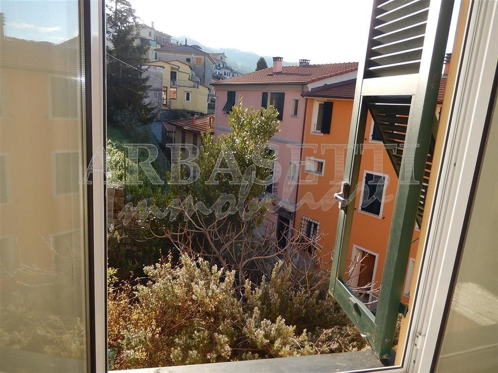 Apartment, 75 Mq, Sale - Castiglione Chiavarese