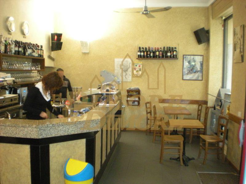 Bar in vendita a Verbania, 4 locali, prezzo € 210.000 | CambioCasa.it
