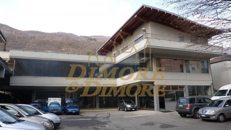 Appartamento in vendita a Omegna, 3 locali, prezzo € 800.000 | CambioCasa.it