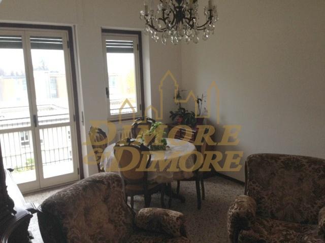 Appartamento in vendita a Verbania, 4 locali, prezzo € 110.000 | CambioCasa.it