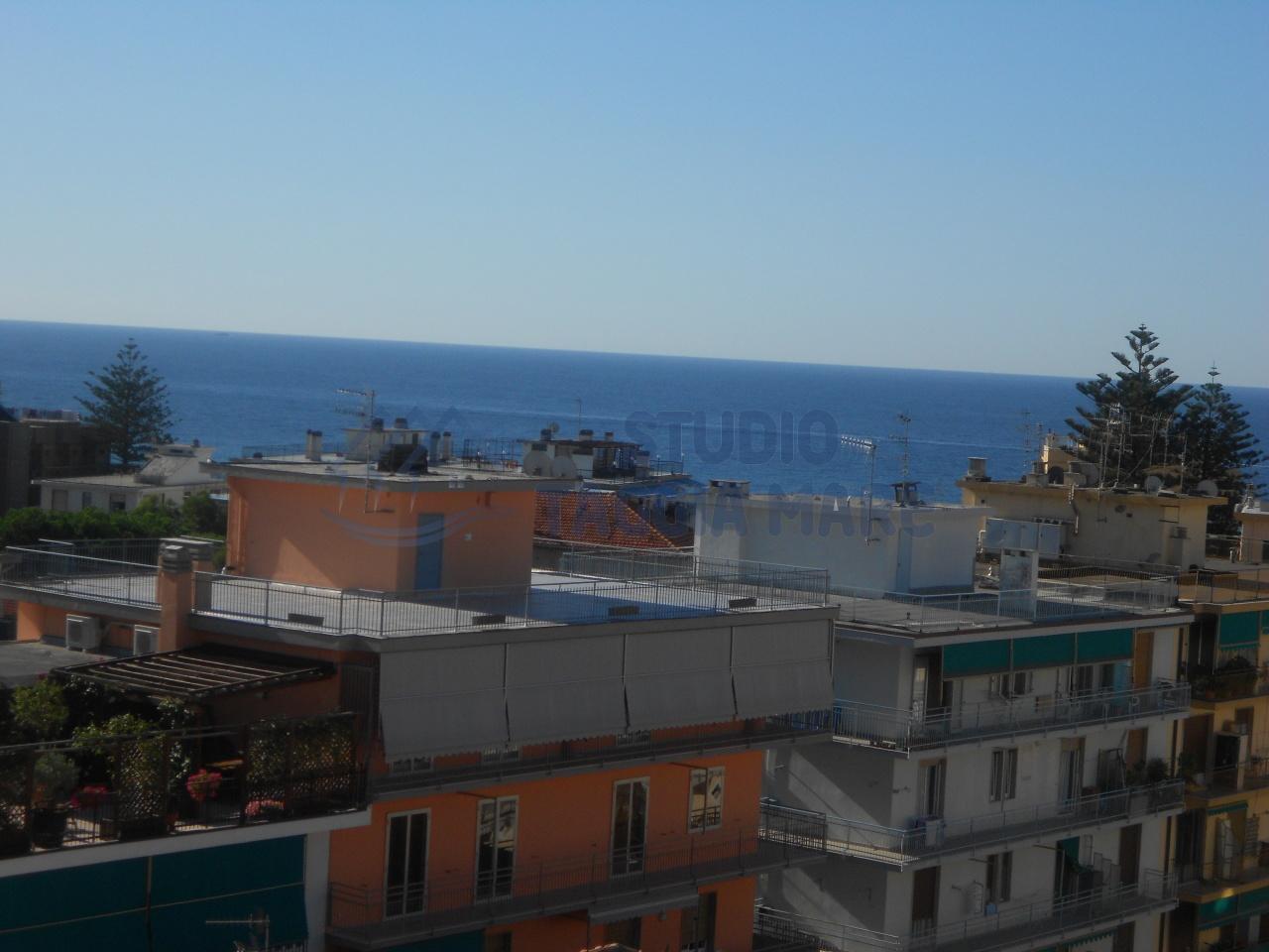 Appartamento in vendita a Taggia, 3 locali, prezzo € 230.000 | Cambio Casa.it