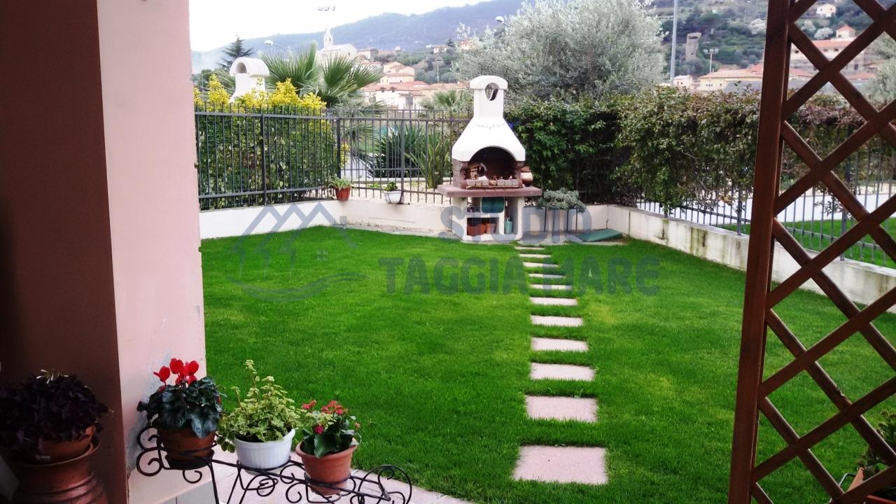 Appartamento in vendita a Taggia, 3 locali, prezzo € 299.000 | Cambio Casa.it