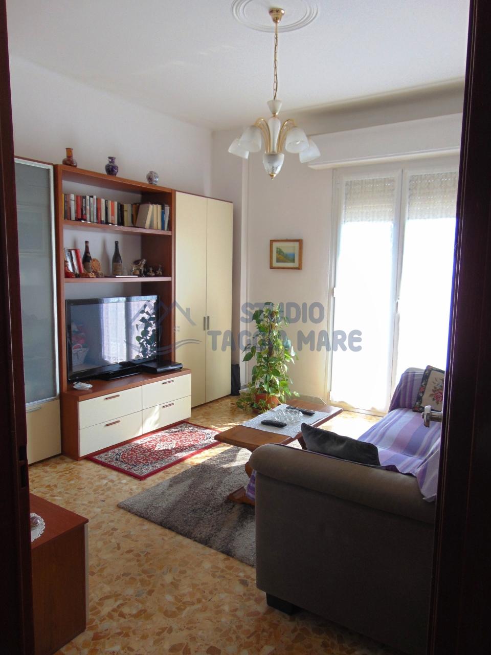 Appartamento in affitto a Taggia, 3 locali, prezzo € 550 | CambioCasa.it