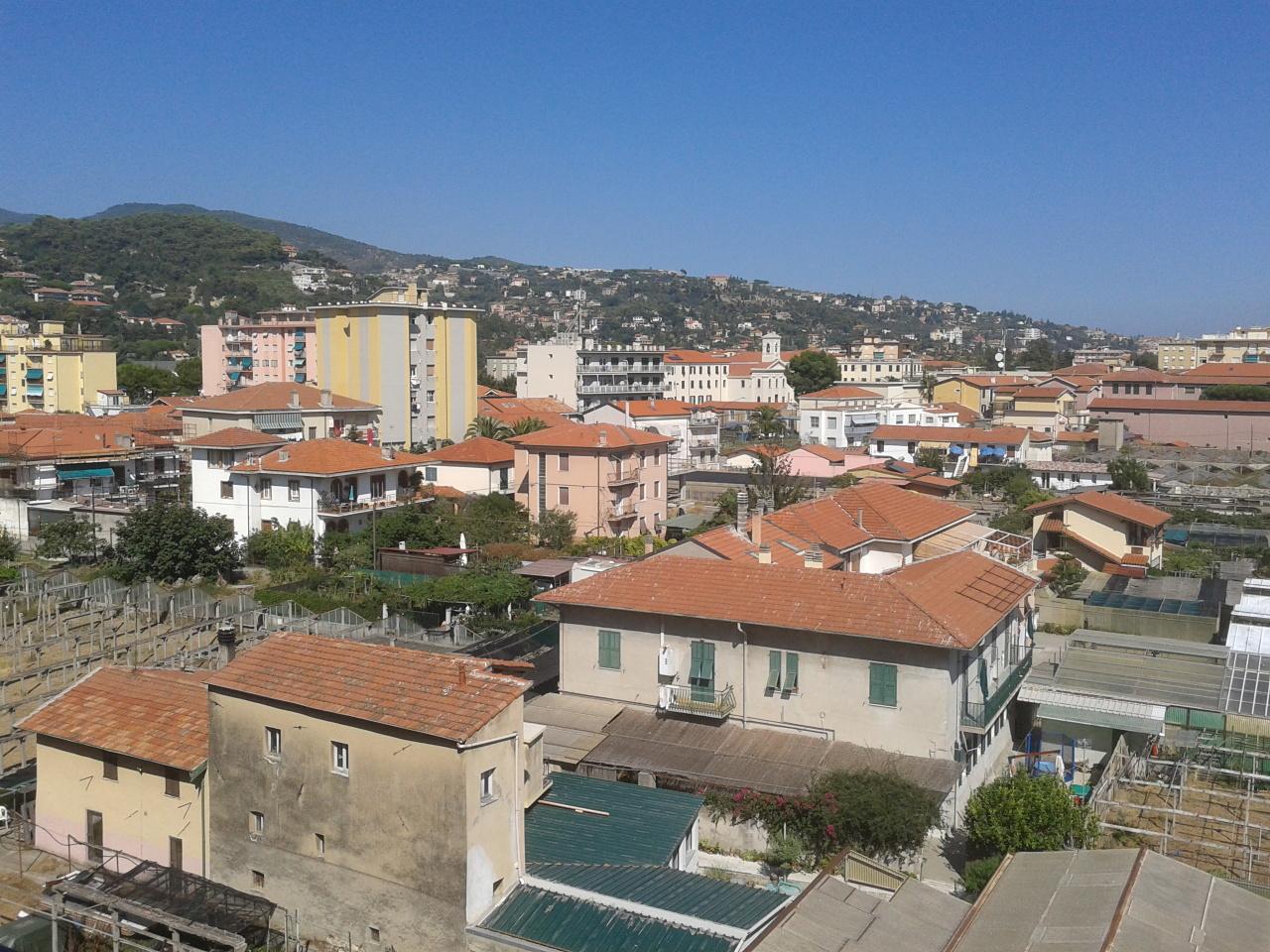 Bilocale Vallecrosia Via C.colombo 12