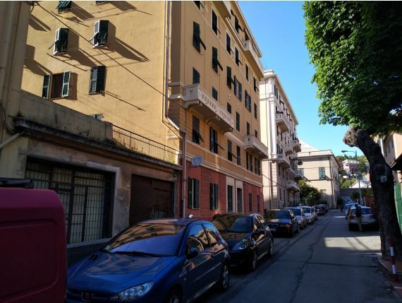Vendita Pentavani, Genova