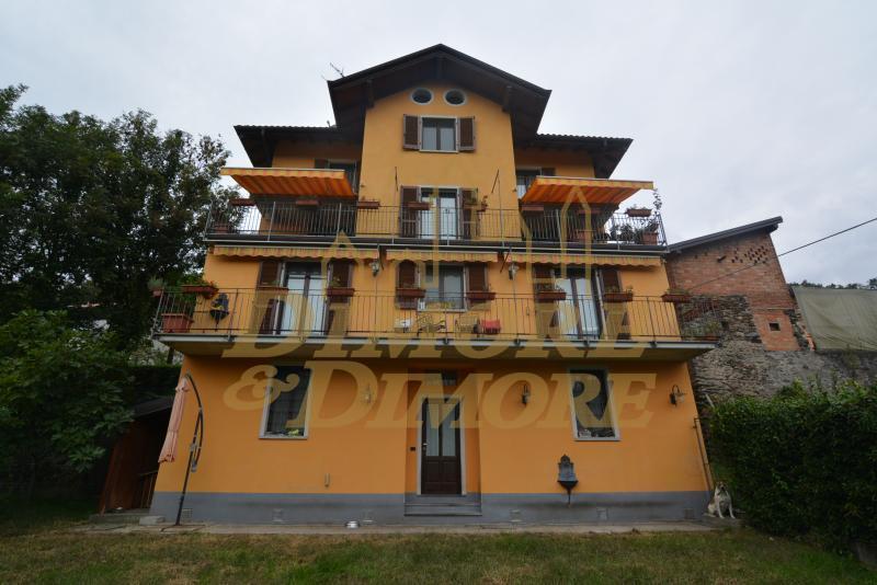 Villa in vendita a Cossogno, 5 locali, Trattative riservate | CambioCasa.it