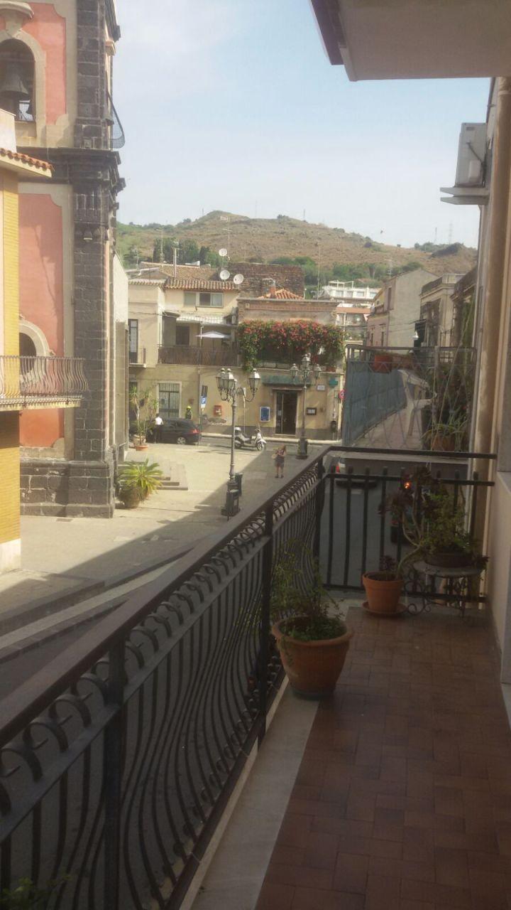 Appartamento bilocale in affitto a Aci Castello (CT)