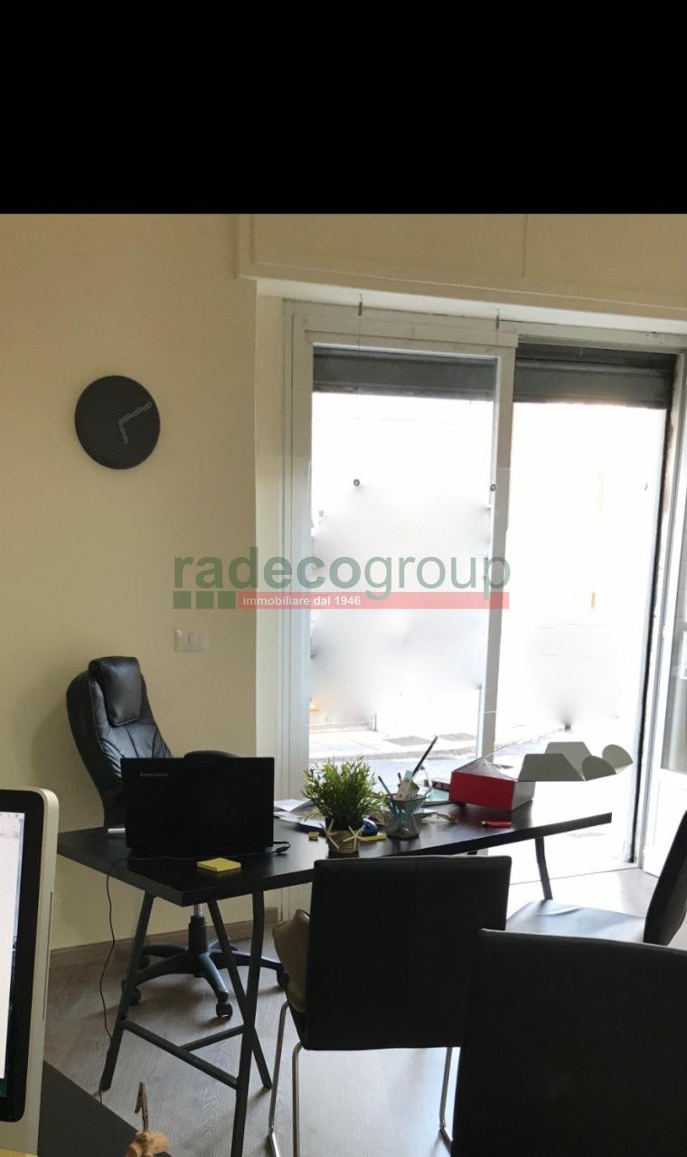 Capannone commerciale in affitto - Antignano, Livorno