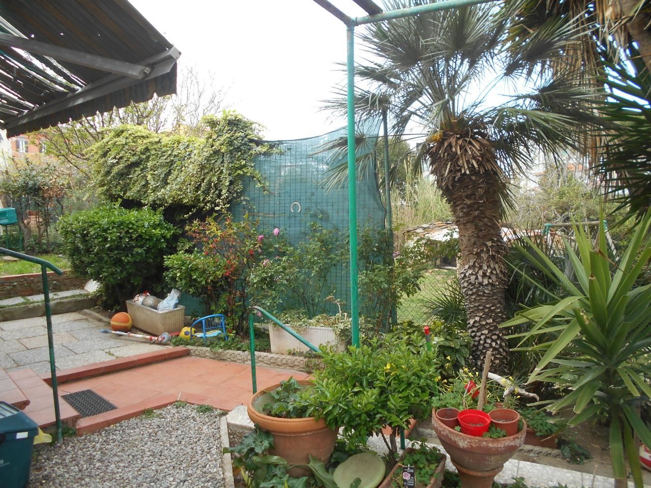 CASA INDIPENDENTE in Vendita a Antignano, Livorno (LIVORNO)