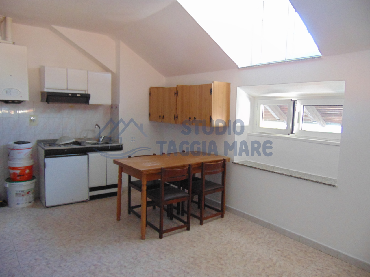 Appartamento in vendita a Taggia, 2 locali, prezzo € 119.000 | Cambio Casa.it